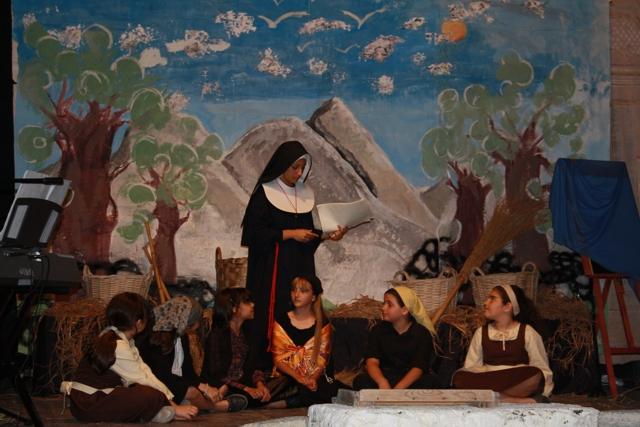 14-maria-schinin-teatro
